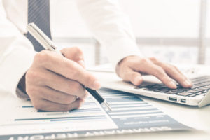 How a Virtual and Remote Bookkeeper Can Help Your Business